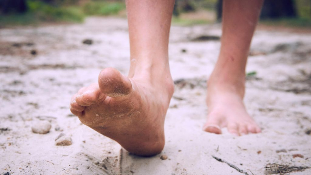 Barefoot Shoes - The Truth about Going Barefoot and Barefoot Shoes
